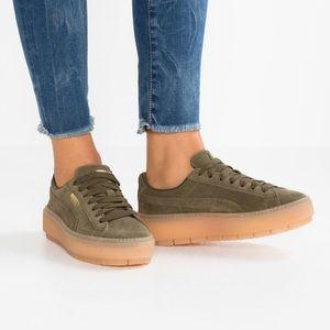 Puma Platform Trace Sneakers, Size 8.5